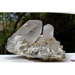 Cluster avec double pointe de quartz géante