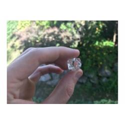 Icosaèdre en quartz cristal de roche
