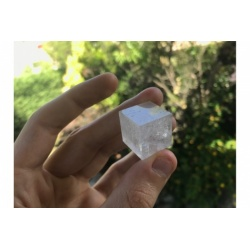 Cube / hexaèdre rock crystal quartz