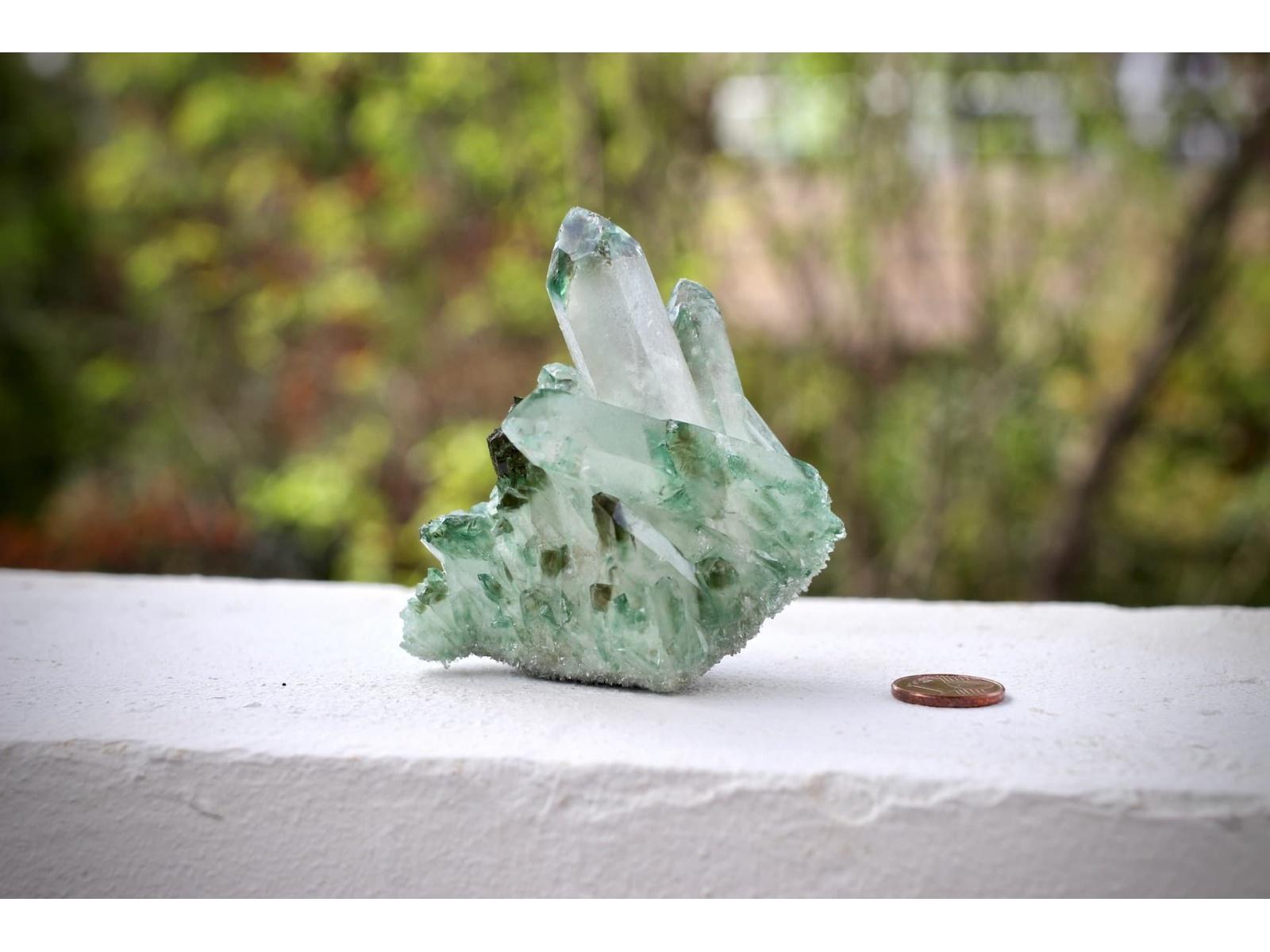 Belle druse de quartz cluster pour recharger les pierres - Vert de malachite ...