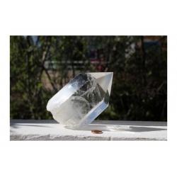 grande obélisque de quartz cristal de roche
