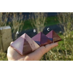 Pyramid mookaite