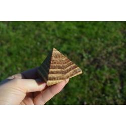 Pyramid aragonite (large)