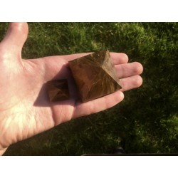 Large tiger eye pyramid