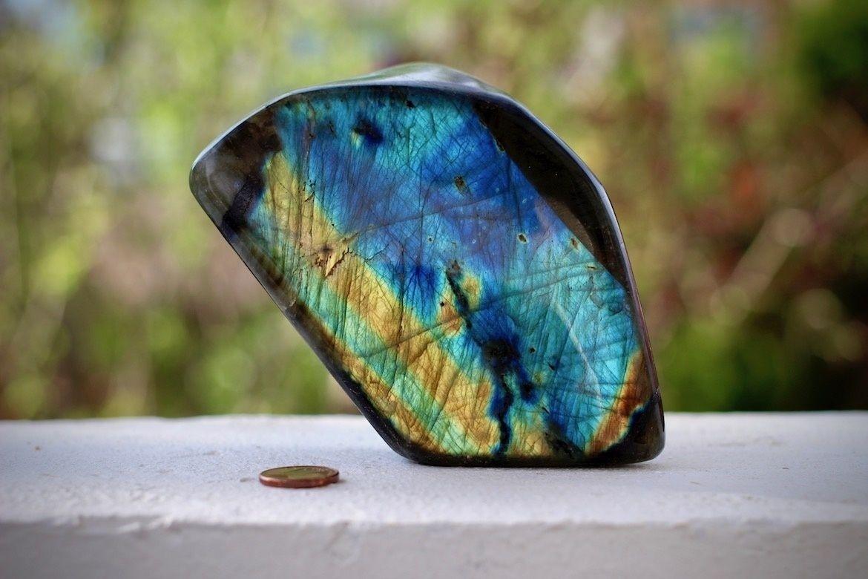 Buy quartz and orgonites material